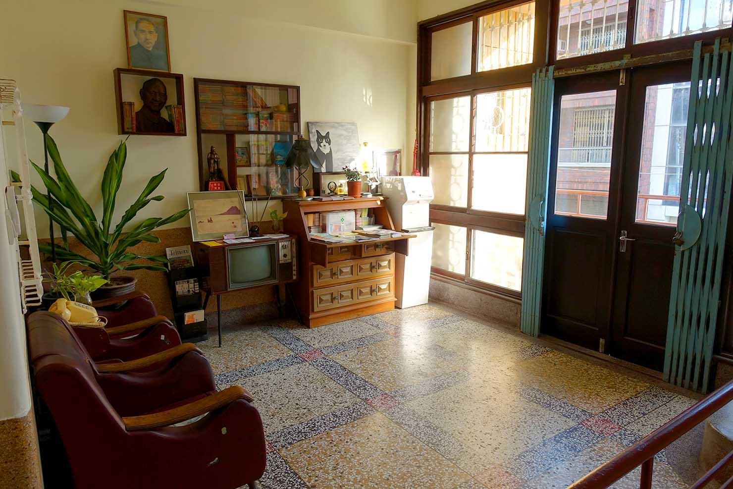 台南・神農街の古民家ゲストハウス「Goin」の共用スペース
