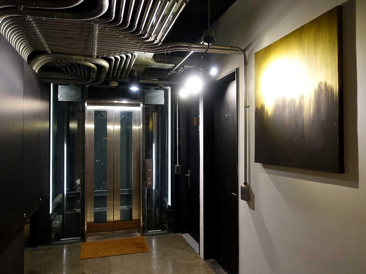 台中駅徒歩10分のリーズナブルなおすすめミニホテル「光原宿 Light House」のエレベーターホール