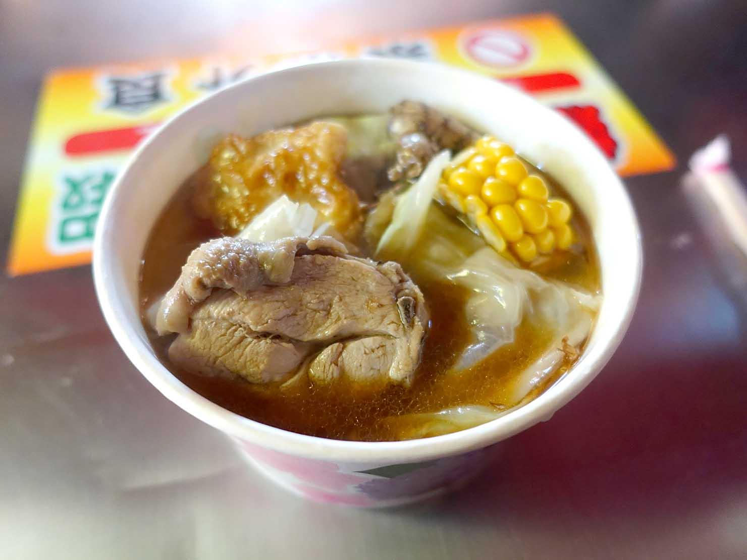 台湾冬グルメの定番メニュー「麻油雞」
