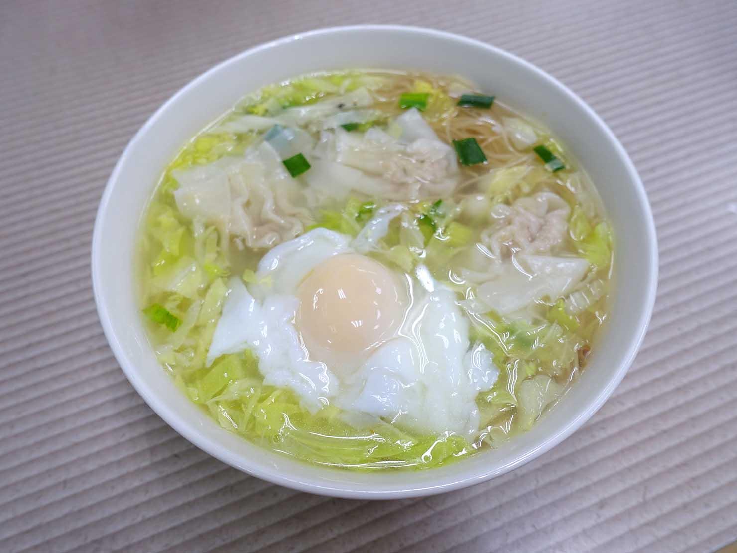 台北・東門のおすすめグルメ店「政江號」の雞絲餛飩麵