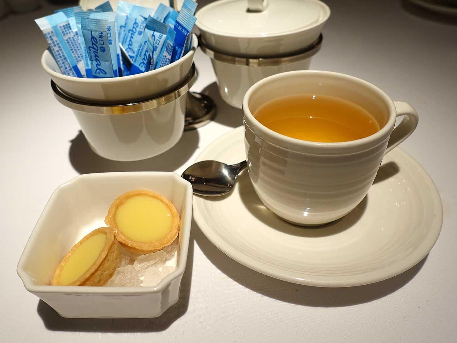 台北の4つ星ホテルにあるステーキハウス「地中海牛排館」のカモミールティー