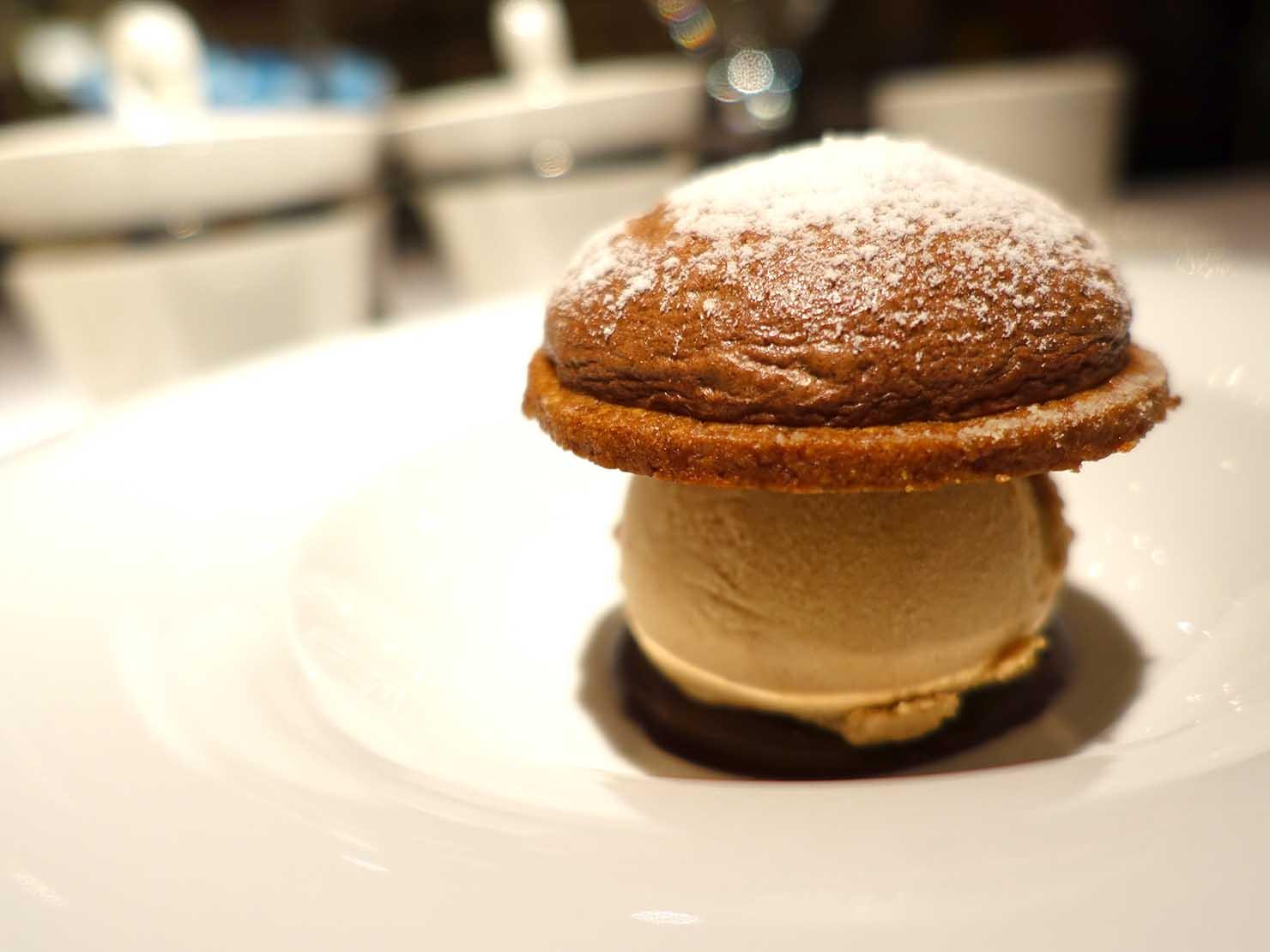 台北の4つ星ホテルにあるステーキハウス「地中海牛排館」の脆餅(チョコレートクッキー)