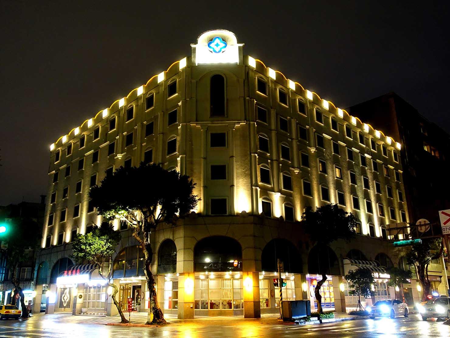 台北のおすすめ4つ星ホテル「歐華酒店(リビエラホテル)」の外観