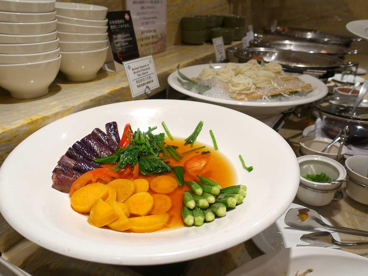 台北のおすすめ4つ星ホテル「歐華酒店(リビエラホテル)」のビュッフェモーニング(野菜)