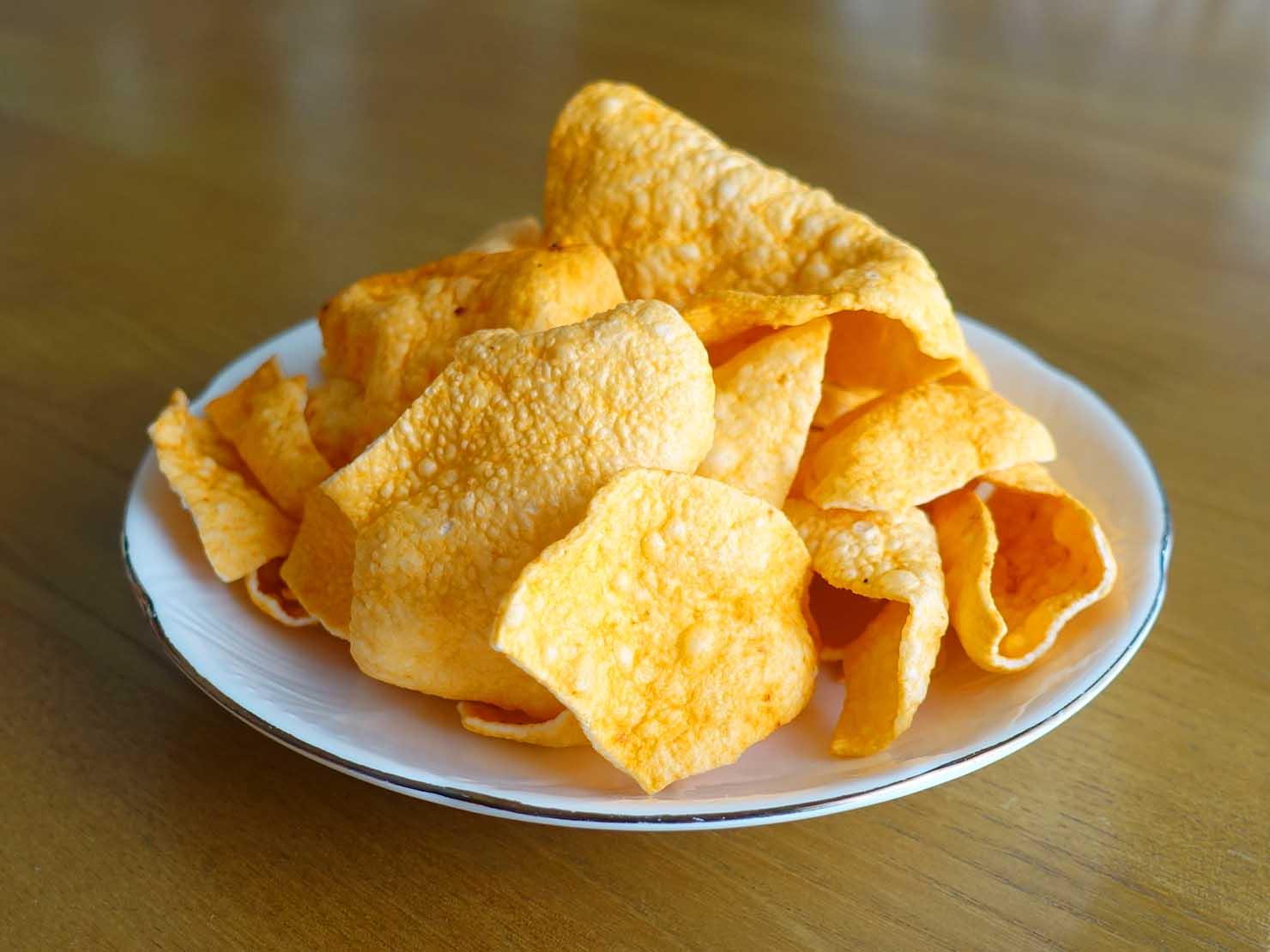 台湾おみやげ「YU ROCK 蝦圈圈&魚薯條(エビ&フィッシュクラッカー)」