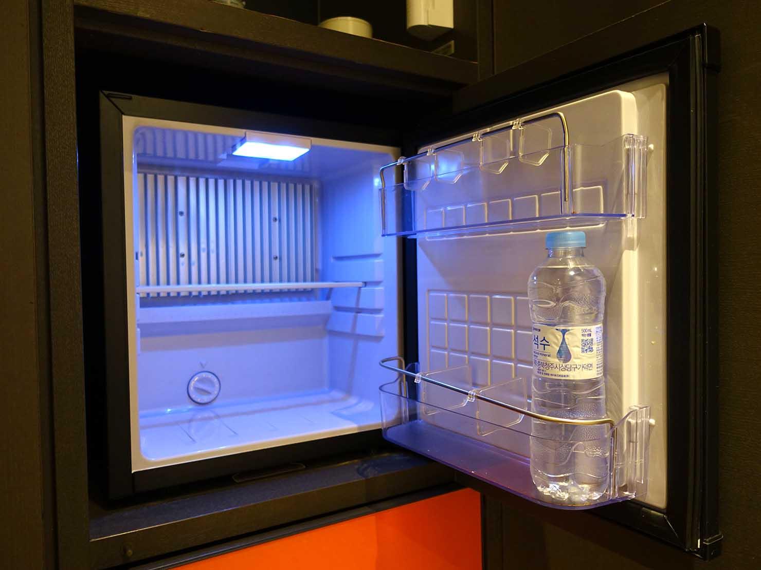 ソウル観光に超便利なアクセス抜群の特2級ホテル「新羅ステイ麻浦 Shilla Stay Mapo」スタンダードツインの冷蔵庫