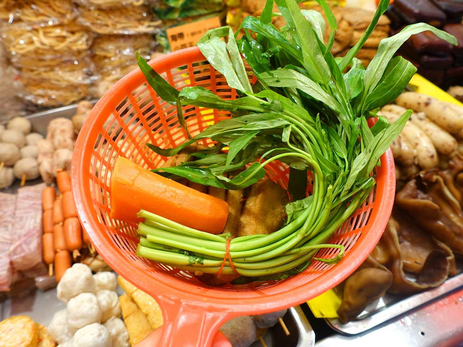 台北・師大夜市のおすすめ台湾グルメ店「金甌滷味」のオーダーの仕方