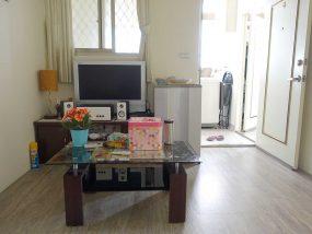台北で台湾人彼氏と僕がルームシェアしている部屋のリビングルーム2