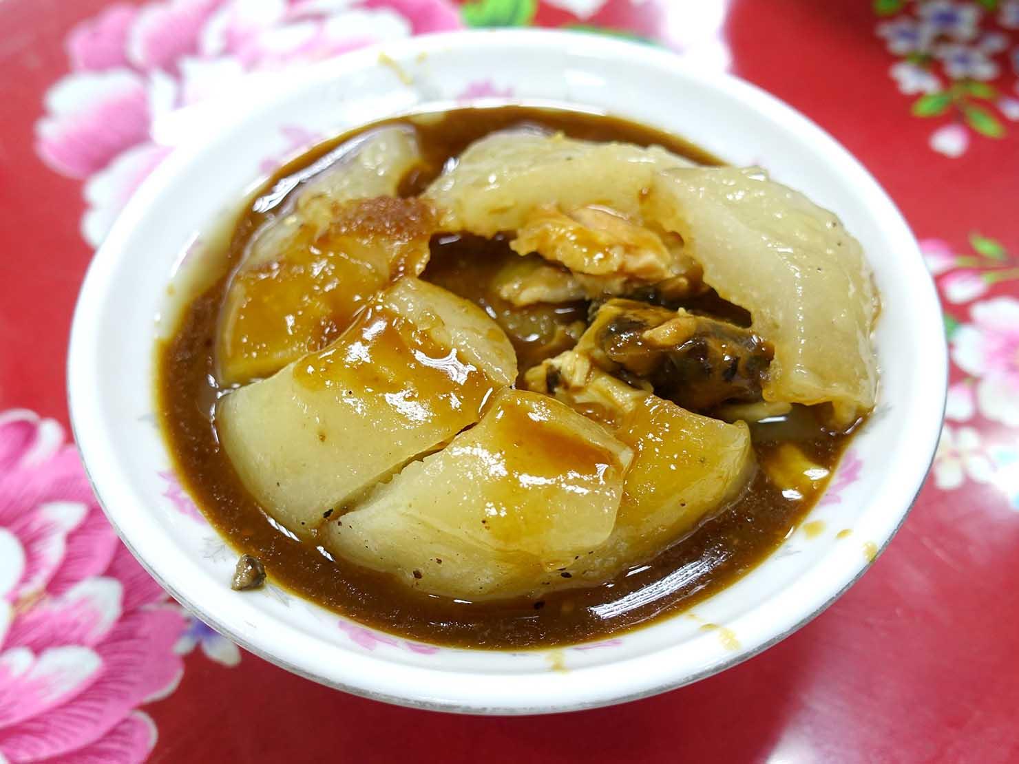 台北・龍山寺エリアのおすすめグルメ店「蘇家肉圓油粿」の肉圓