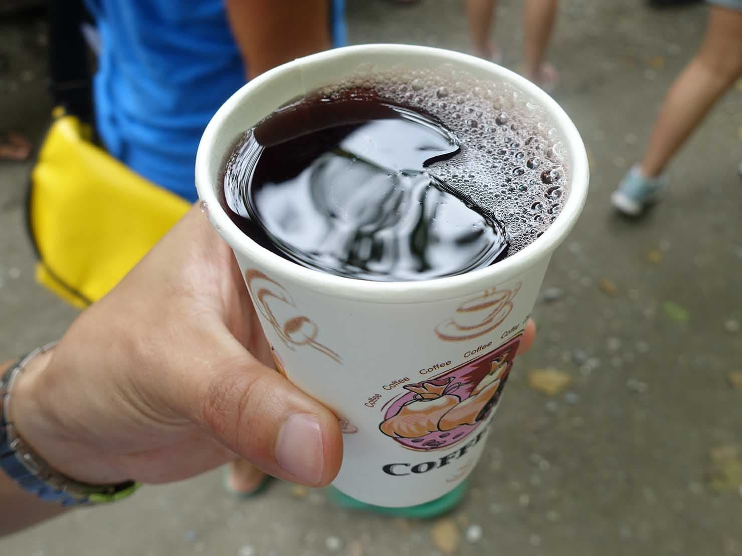 KKday外国人限定「花蓮・太魯閣(タロコ)日帰りツアー」砂卡噹步道で飲んだ桑椹汁