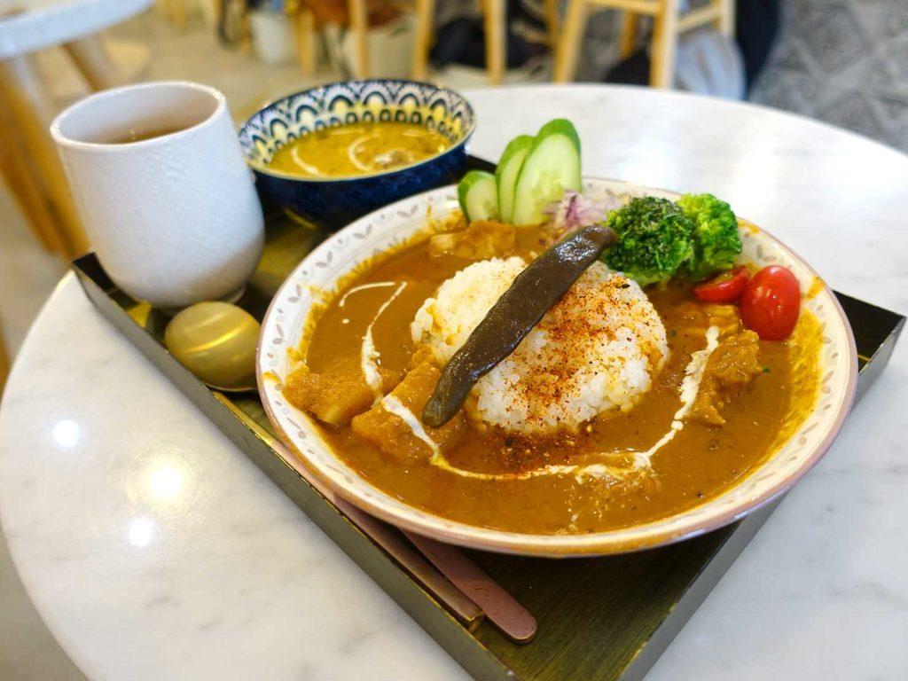 台北・中山駅周辺のおすすめグルメ店「The Wrice 來時」の雞肉香料咖喱飯