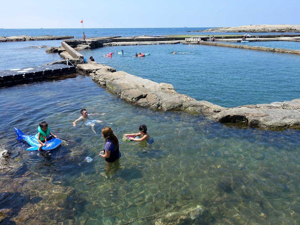 台北から日帰りで行ける基隆・和平島公園の海水プール