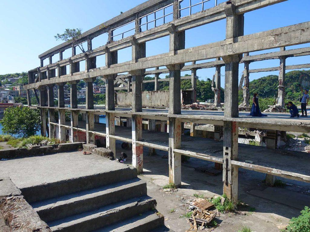 台北から日帰りで行ける基隆・和平島内にある廃墟「阿根鈉造船廠遺址」の外観