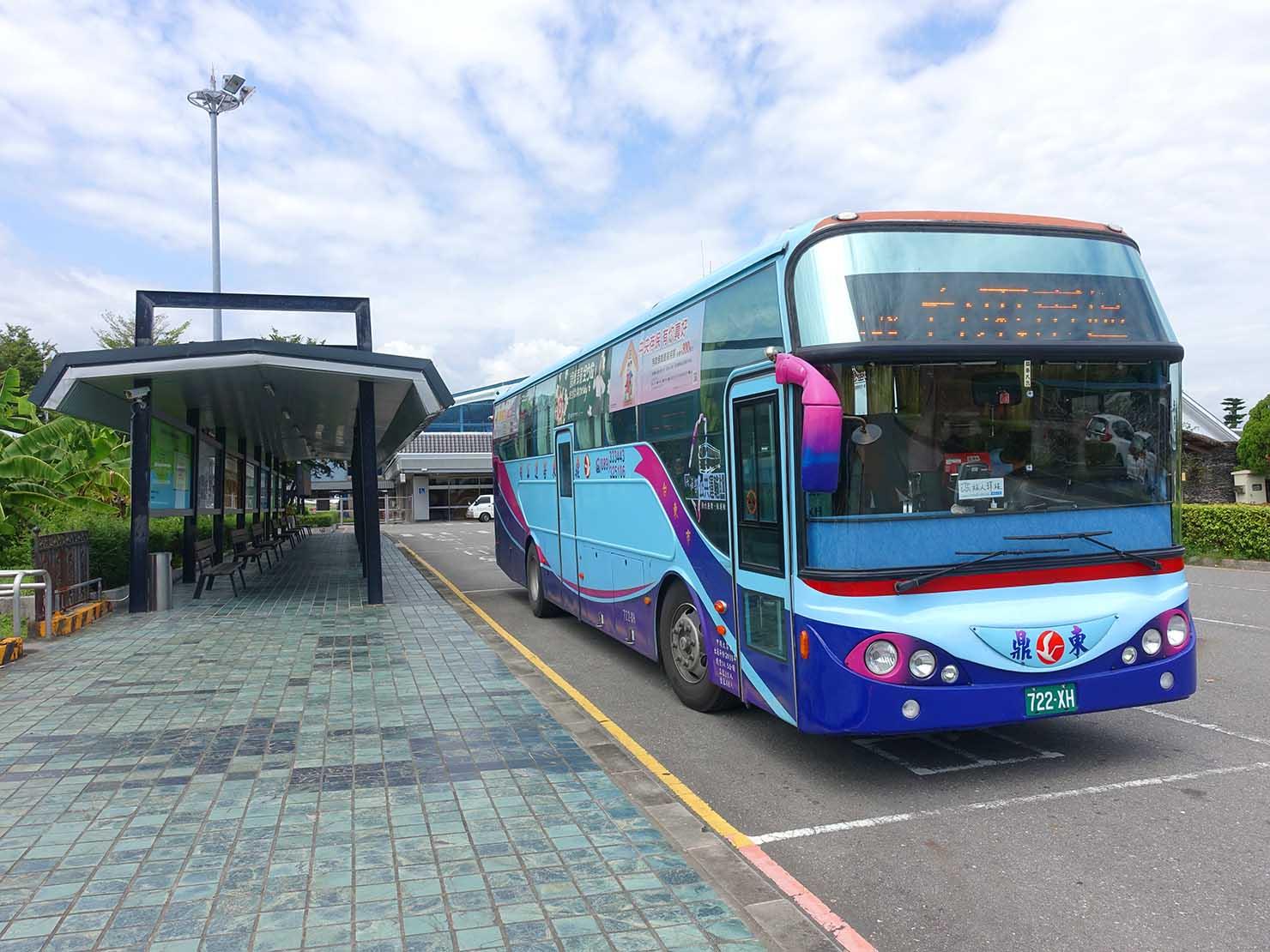 台湾・台東空港のバス乗り場