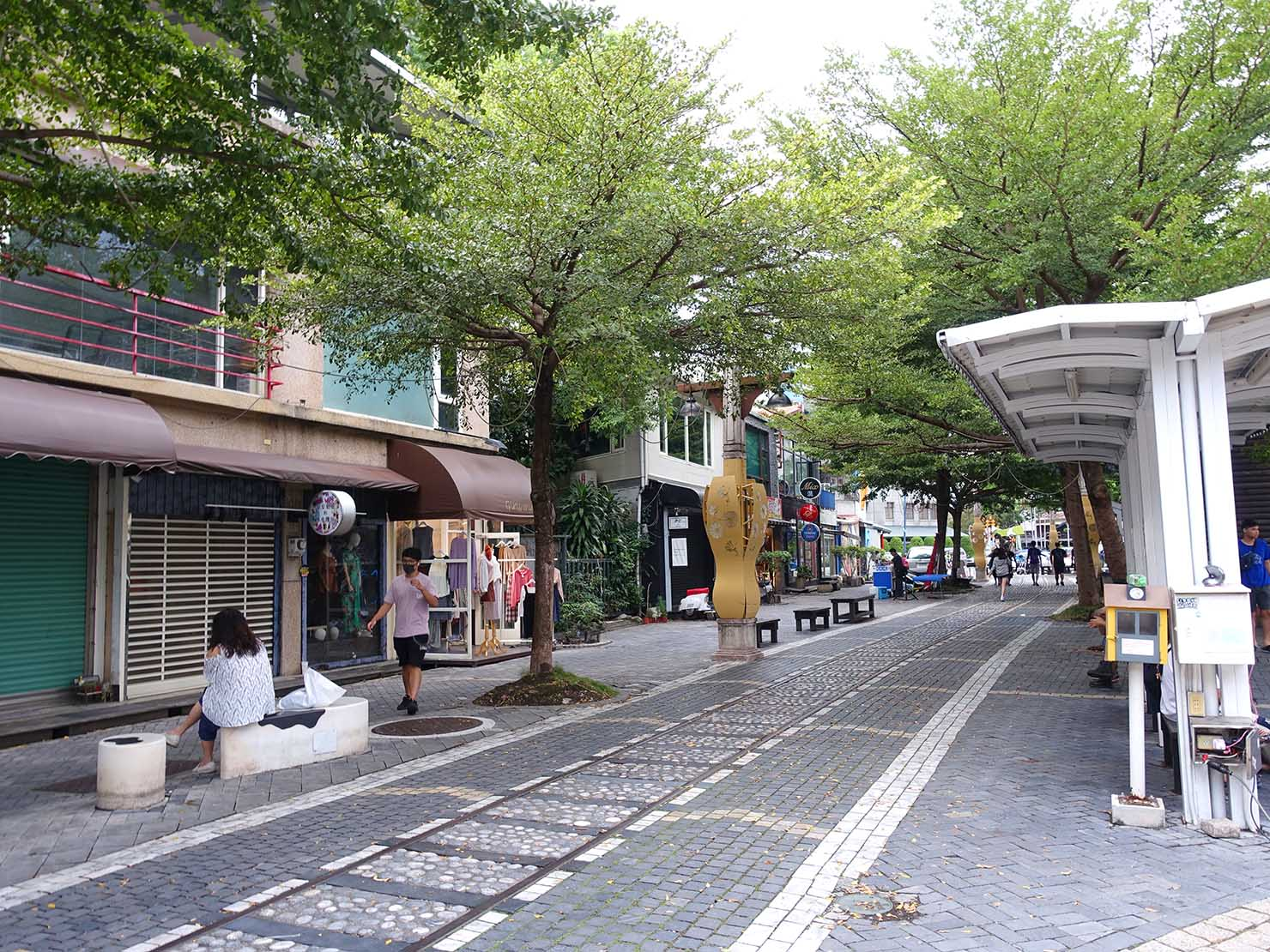 花蓮市街の有名観光スポット「舊鐵道行人徒步區」