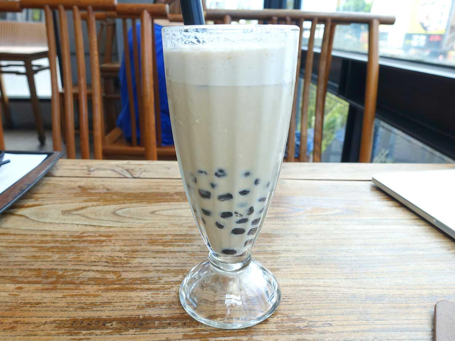花蓮・王記茶舖の珍珠奶茶(タピオカミルクティー)