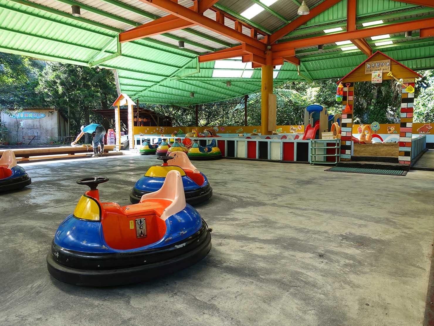 台北・烏來温泉から行けるテーマパーク「雲仙樂園」園内のゴーカート乗り場