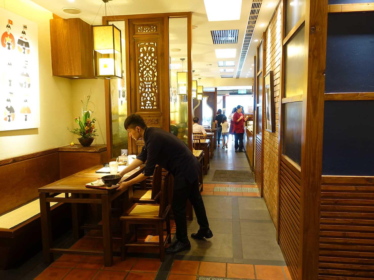 台中観光のおすすめスポット「春水堂創始店」の店内