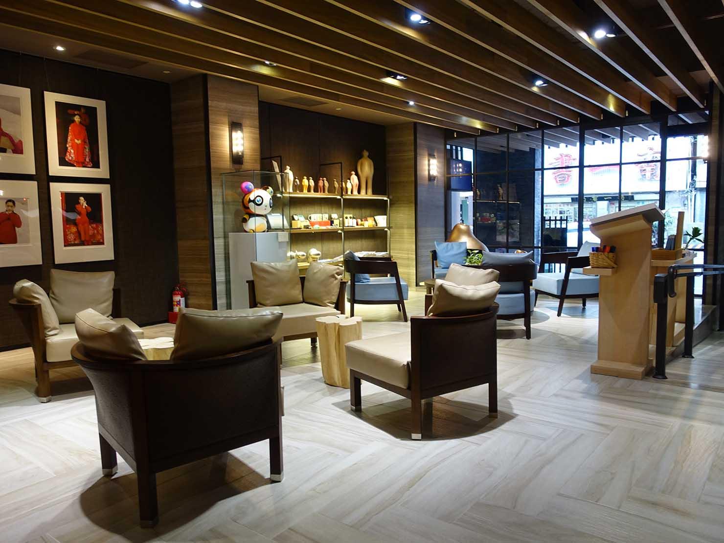 台南市内観光におすすめのホテル「長悅旅棧」のロビー