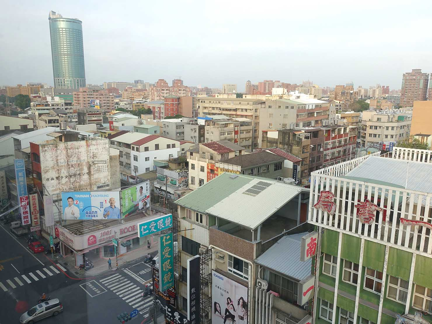 台南市内観光におすすめのホテル「長悅旅棧」長悅經典客房(クラシカルルーム)からの眺め