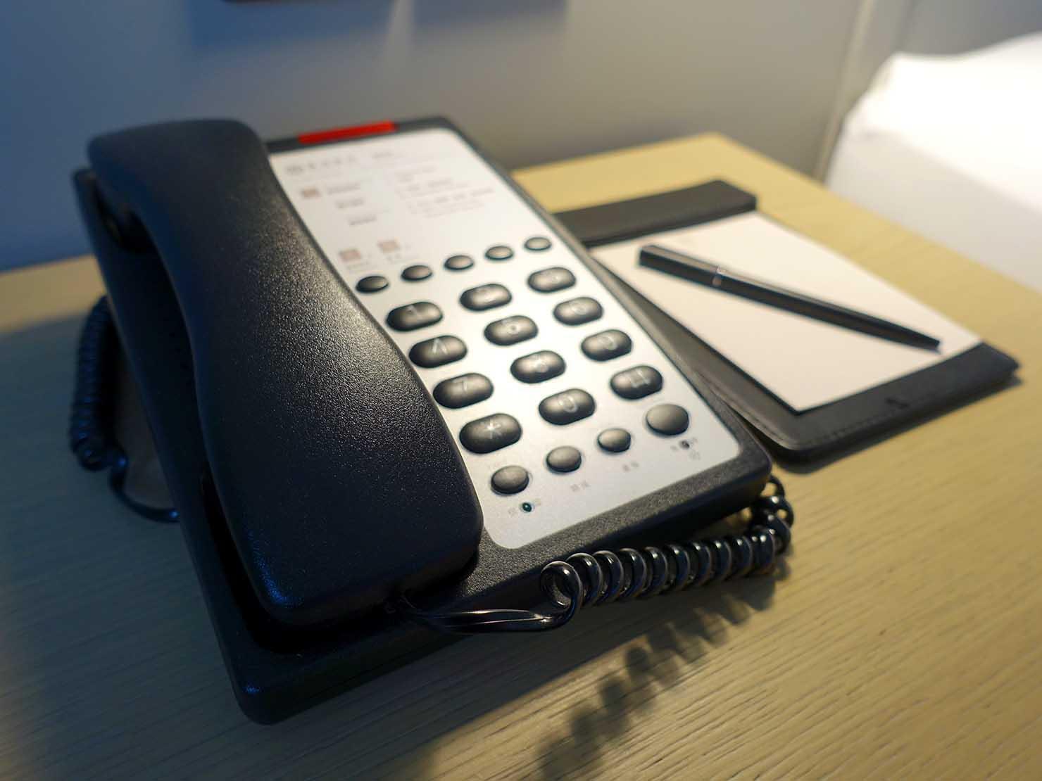 高雄市内観光におすすめのホテル「GREET INN 喜迎旅店」の豪華雙人房(デラックスダブル)の電話