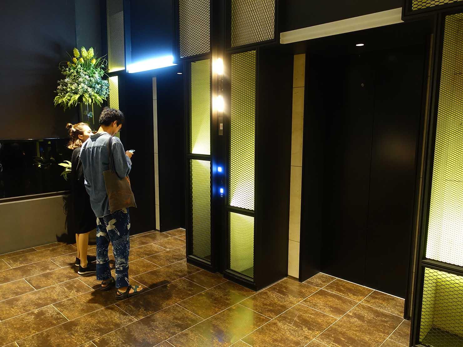 高雄市内観光におすすめのホテル「GREET INN 喜迎旅店」のエレベーターホール