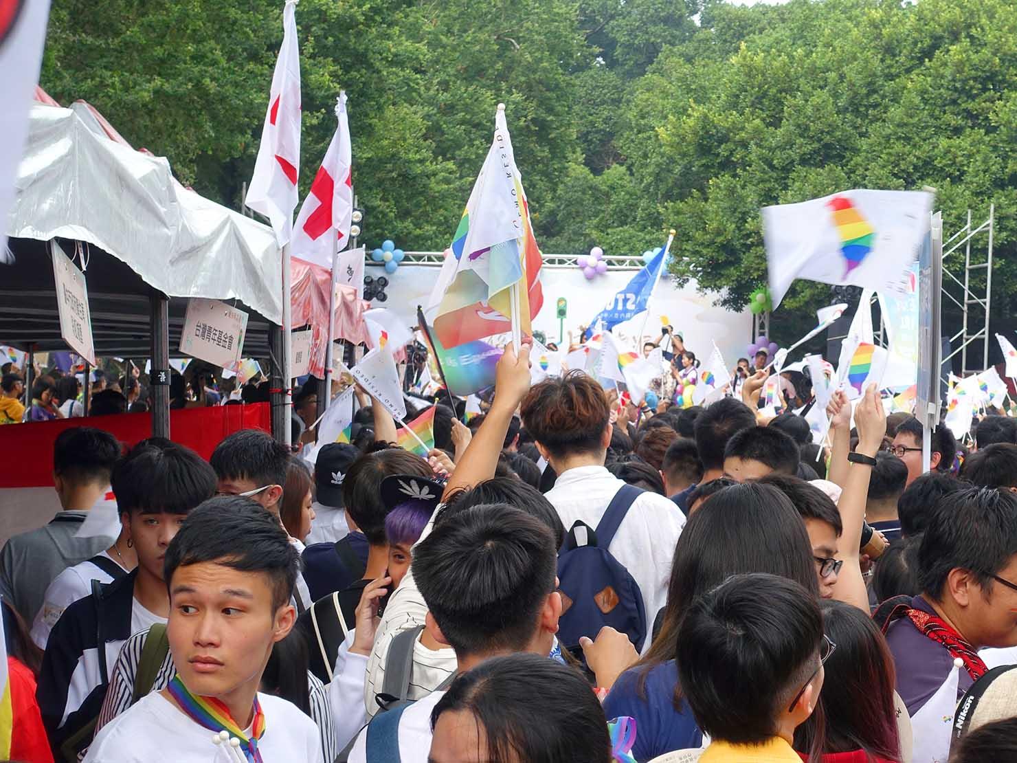 台中同志遊行(台中LGBTプライド)2018会場のステージ前