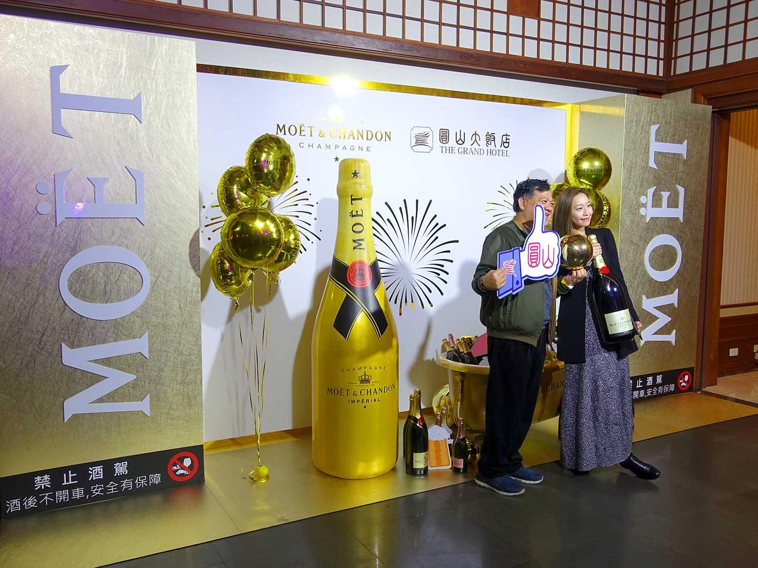 台北・圓山大飯店のカウントダウンパーティー「Bling Bling跨年派對」会場入口