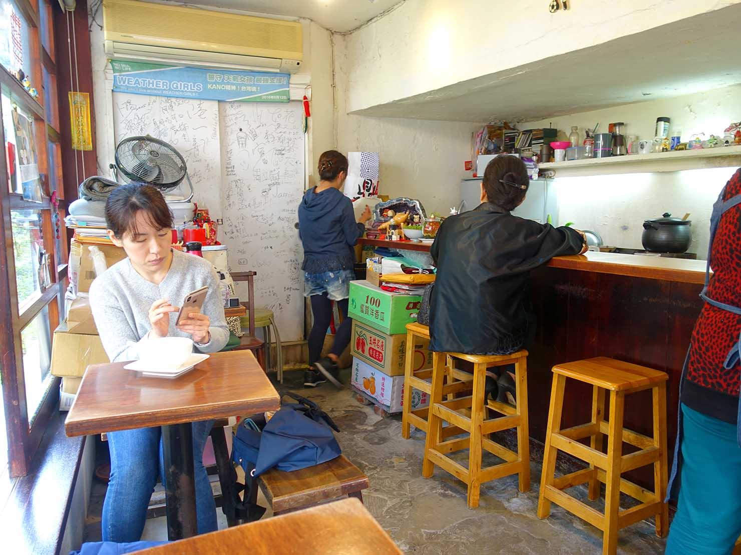 台北・國父紀念館のおすすめグルメ店「騷豆花」の店内