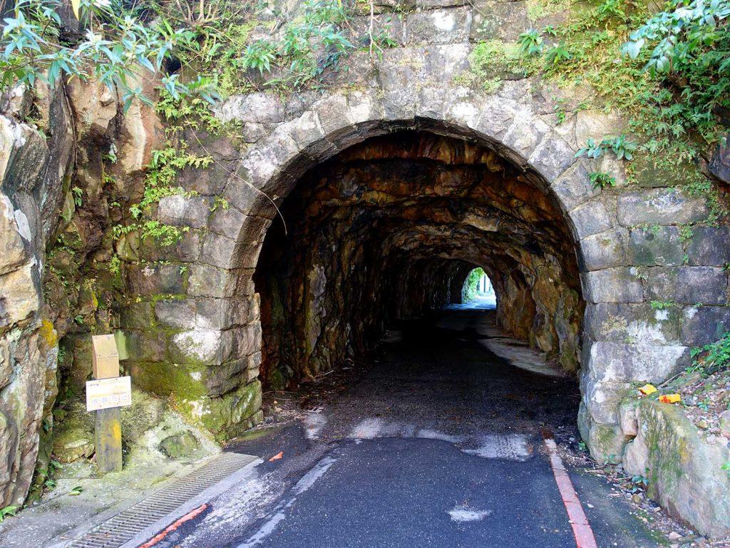 台北・九份にあるトンネル「磅坑口」