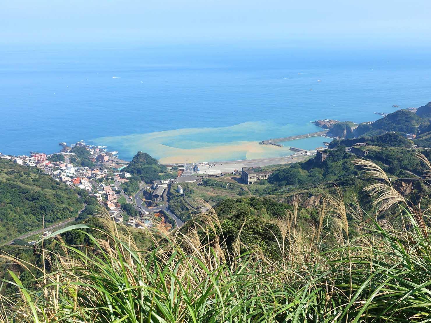 台北・金瓜石天間車遺址から望む陰陽海