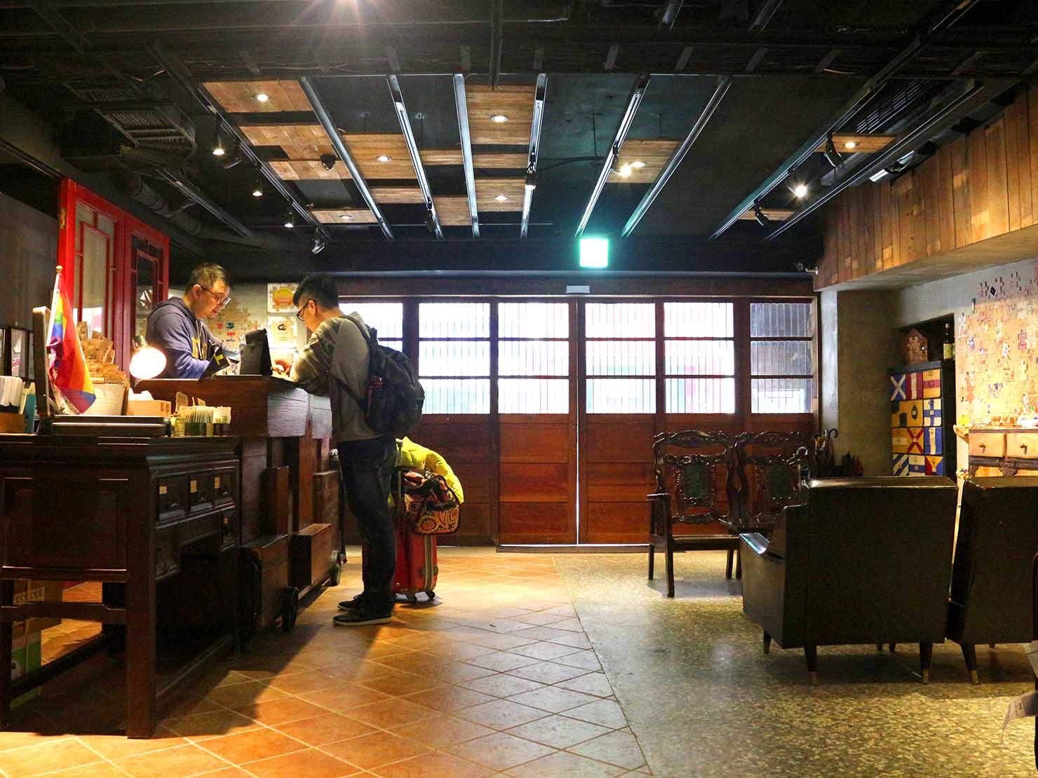 台北・西門町のLGBTフレンドリーホテル「町・記憶旅店 Cho Hotel」のロビー