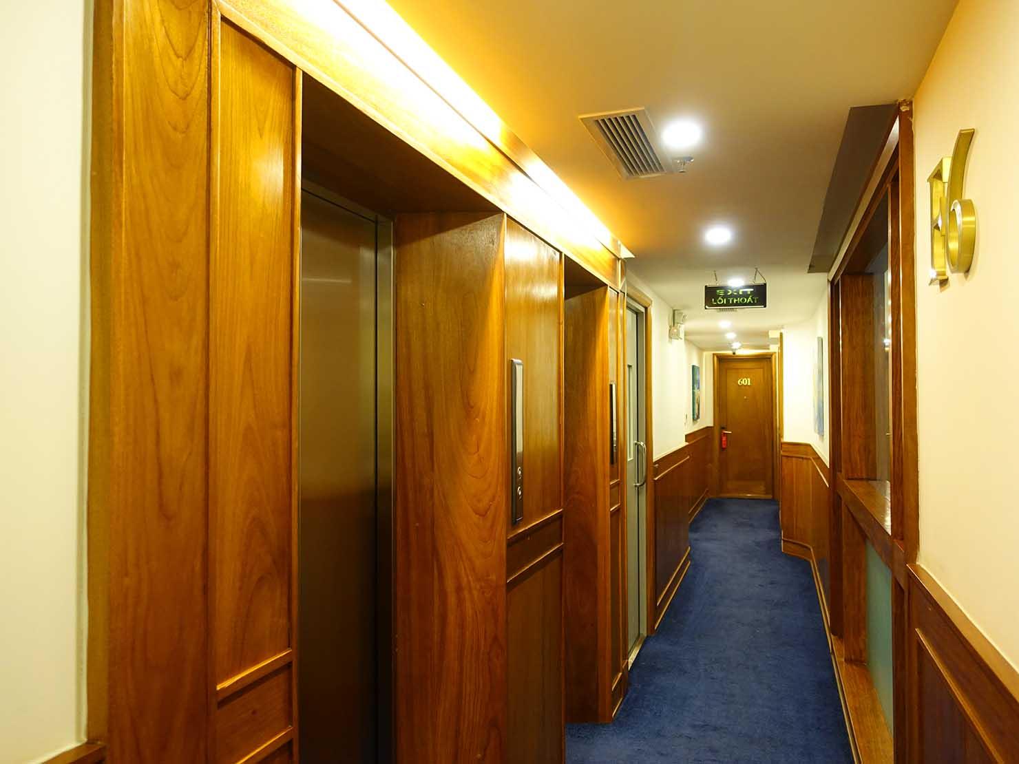 ハノイ旧市街ど真ん中の観光に便利なおすすめホテル「Hai Bay Hotel」のエレベーターホール