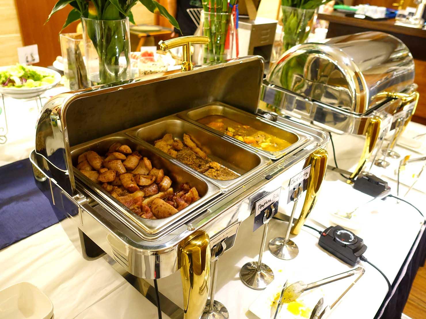 ハノイ旧市街ど真ん中の観光に便利なおすすめホテル「Hai Bay Hotel」2Fレストランの洋食ビュッフェに並ぶ料理