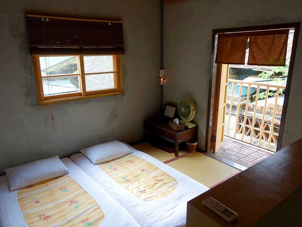 台南のおすすめ古民家ゲストハウス「永福97.1」アティックキャビン2Fの和室