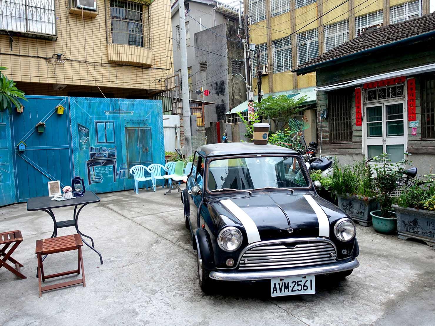 台南の観光スポット「蝸牛巷」