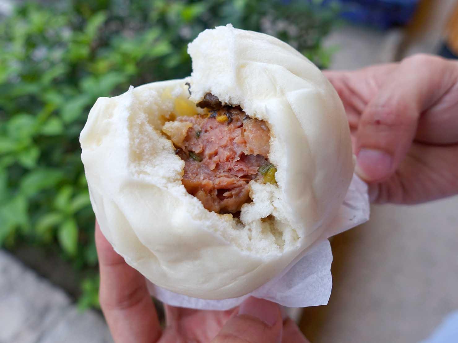 台南・孔廟エリアのおすすめグルメ店「克林台包」の八寶肉包クローズアップ