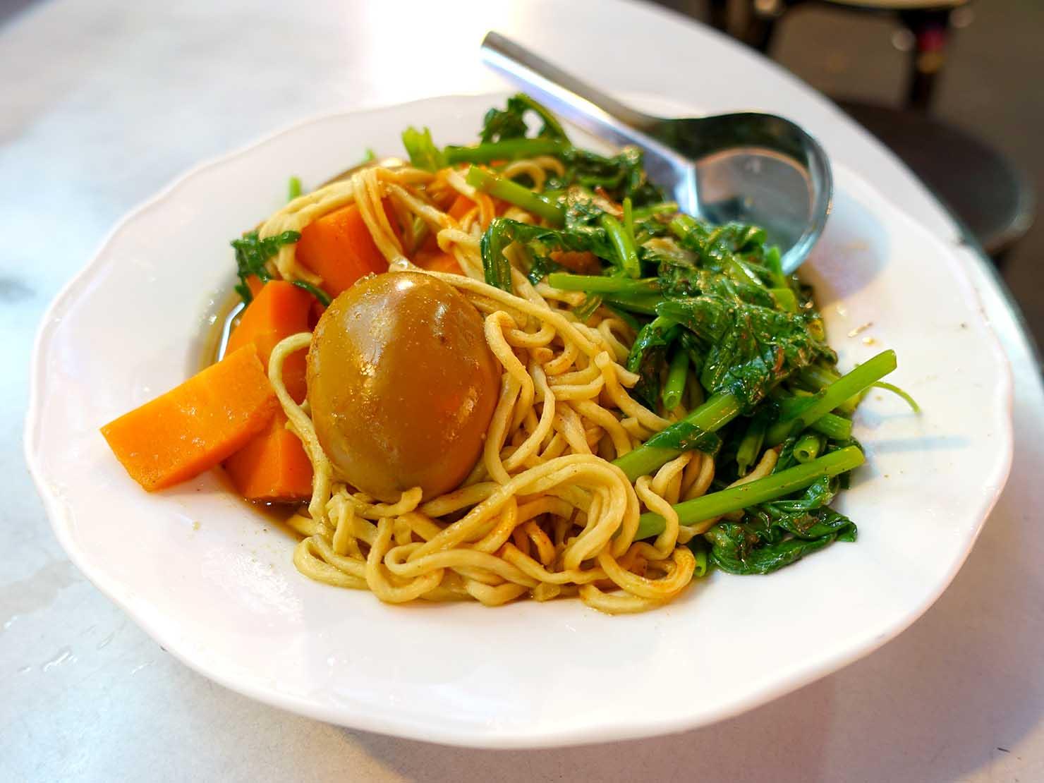 台北・遼寧街夜市のおすすめグルメ店「葉記滷味」の滷味