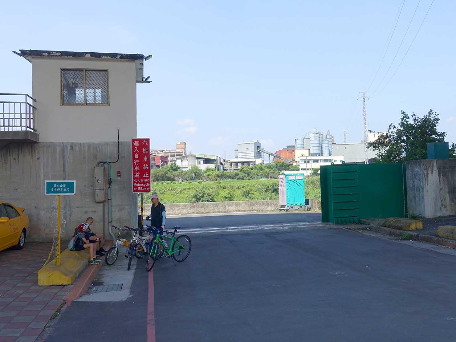 台北一周自転車道「經貿疏散門」