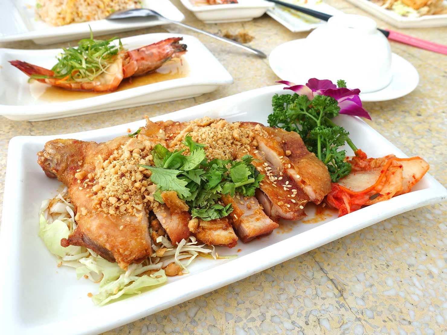台北・陽明山のレストラン「草山夜未眠」の泰北椒麻雞
