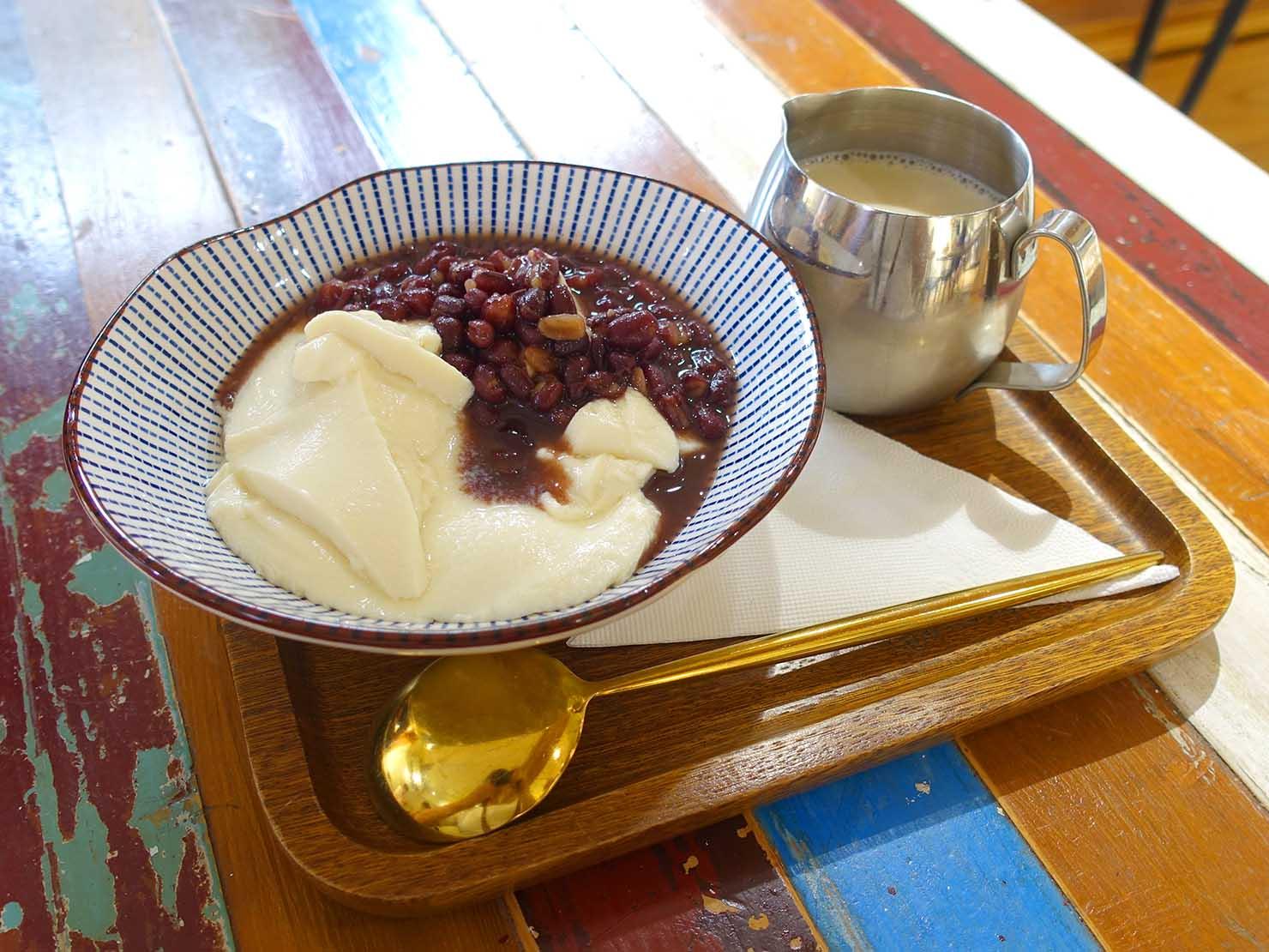 台北・永康街の豆花がいただけるお店「二吉軒豆乳」の傳統微糖豆乳豆花