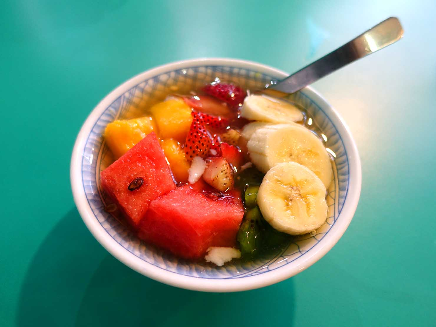 台北・永康街の豆花がいただけるお店「芋頭大王」の水果豆花