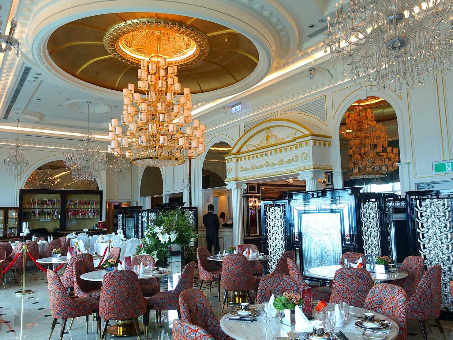 高級レストラン「頂鮮台北101」テーブルから眺める店内