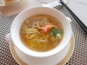 高級レストラン「頂鮮台北101」ランチセットの麺・招牌台南擔仔麵