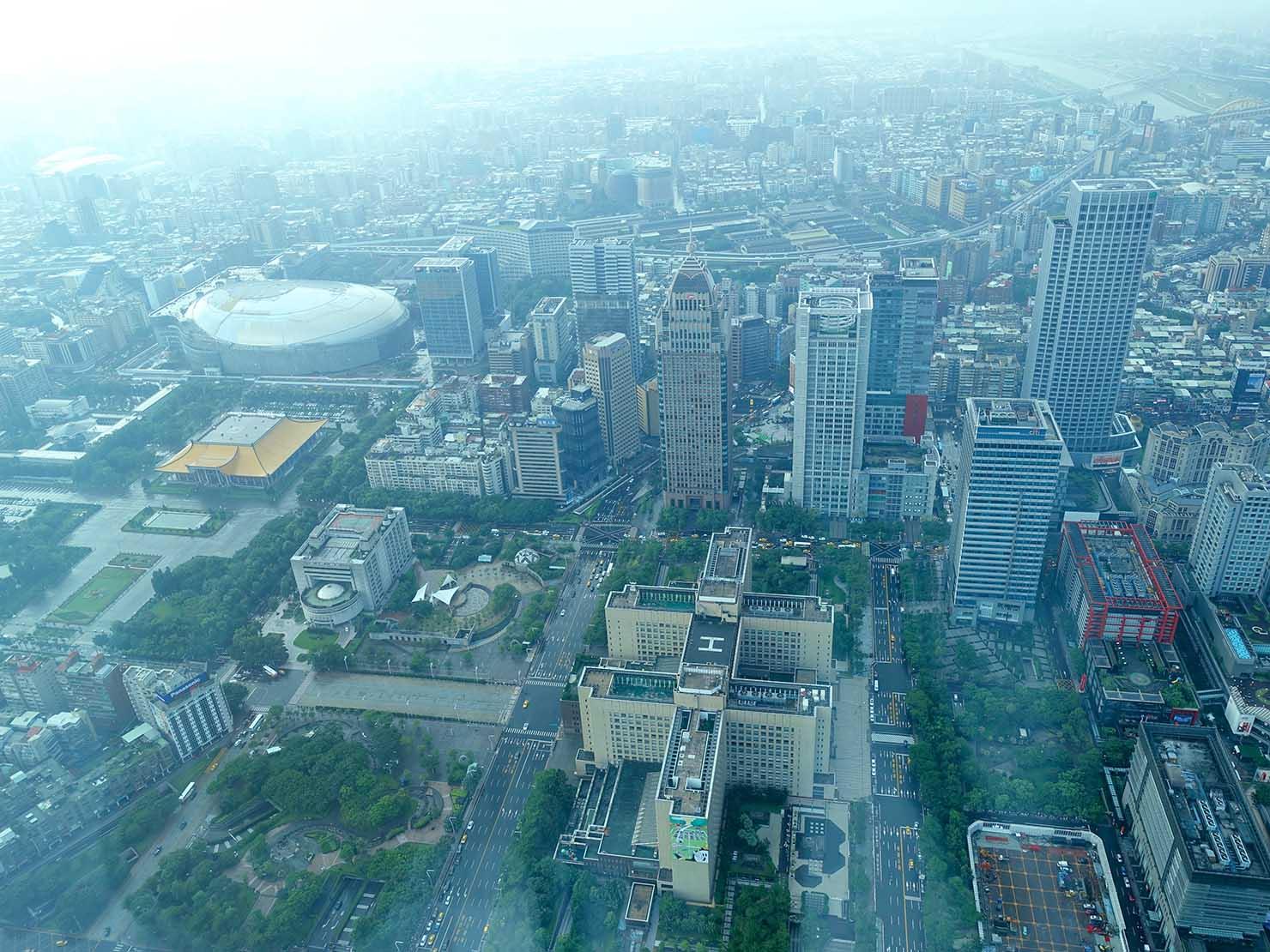 台北101展望台から望む東區