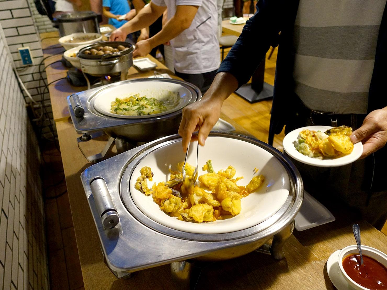台南駅が目の前の老舗ホテル「台南大飯店 Hotel Tainan」の夜食で振舞われたお料理