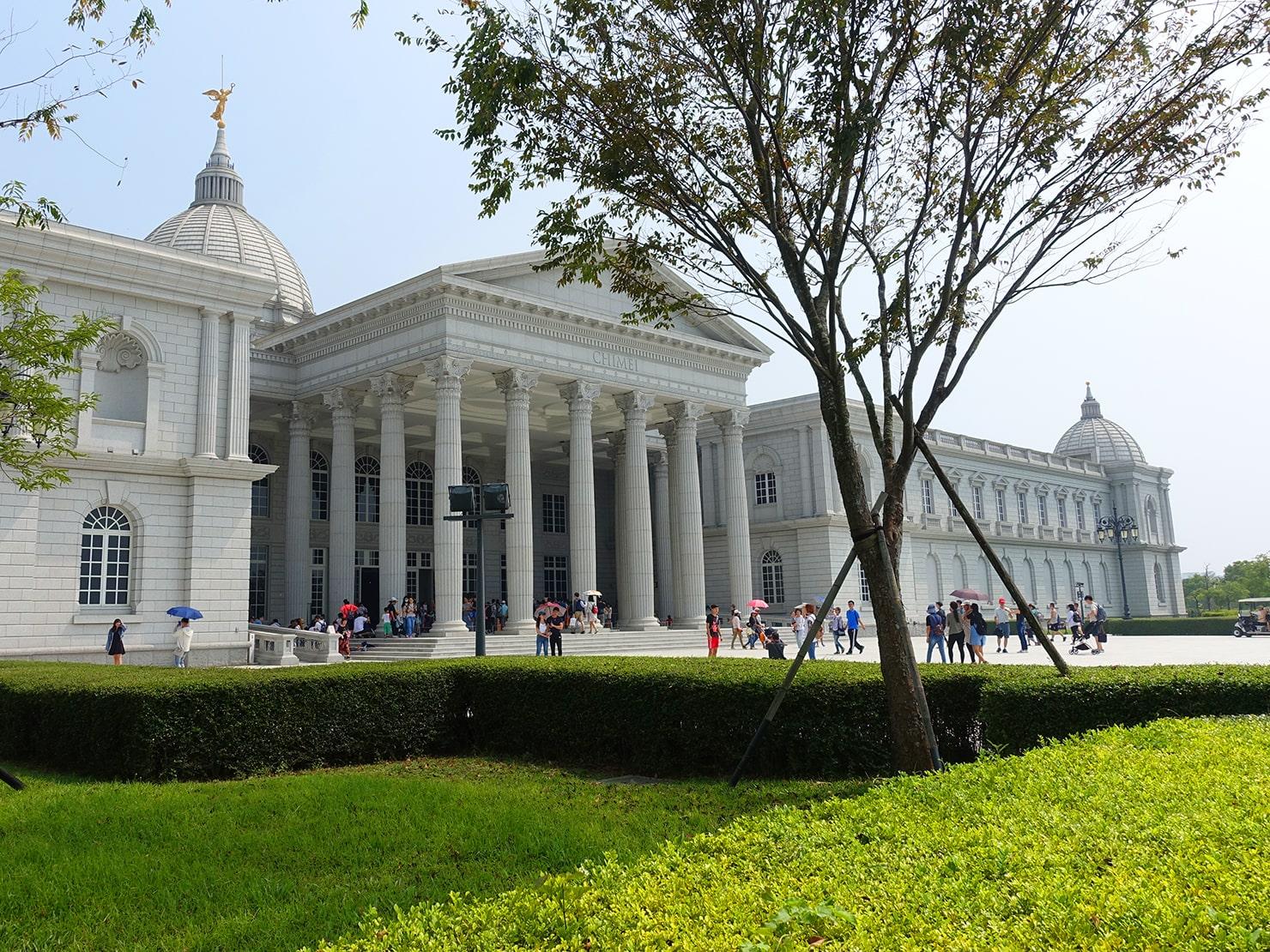 台南市街郊外のおすすめ観光スポット「奇美博物館」の外観