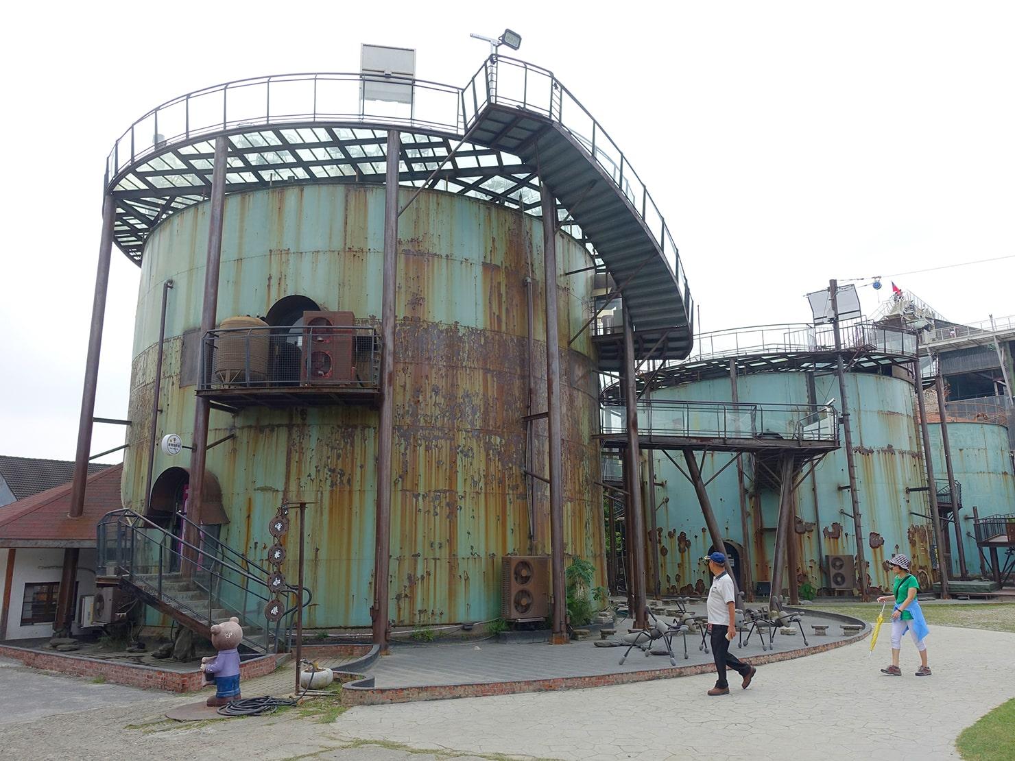 台南市街郊外のおすすめ観光スポット「十鼓仁糖文化園區」のタンク