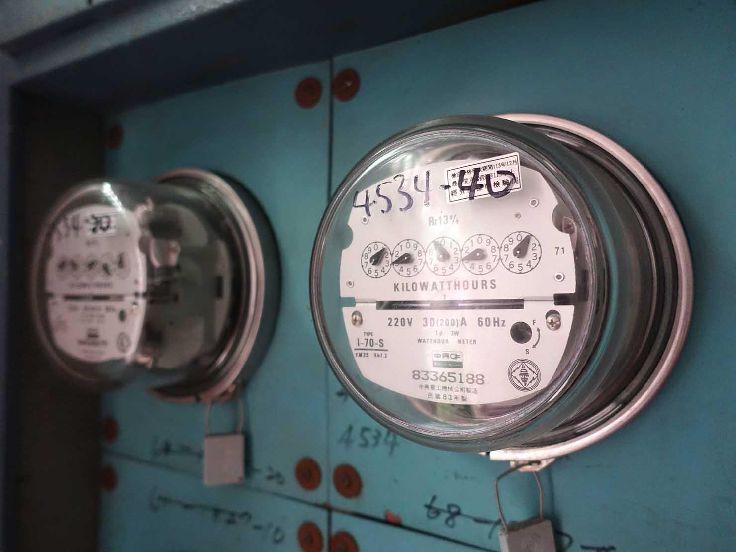 台湾の一般的な住宅「公寓」の電気メーター