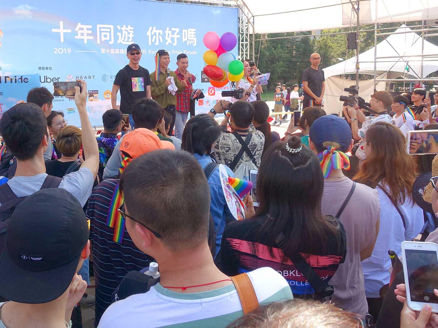 「高雄同志大遊行(高雄プライド)」2019の会場ステージにて始まったパレード出発前のスピーチ